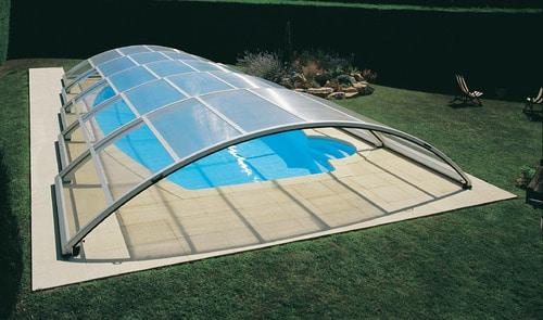 4 bonnes raisons d opter pour un abri de piscine platomic. Black Bedroom Furniture Sets. Home Design Ideas