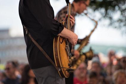 guitariste en concert