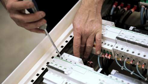 Diagnostic Electrique Obligatoire avec Schneider Electric