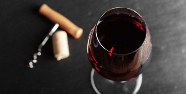 molécules contenues dans le vin