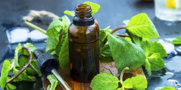 Utiliser de l'huile essentielle